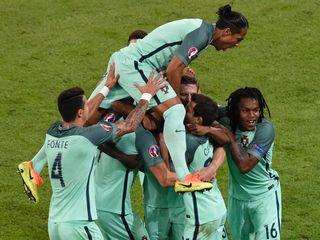 Bồ Đào Nha 2-0 Xứ Wales(Vòng bán kết EURO 2016)