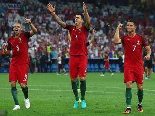 Ba Lan 1-1 (Luân lưu 3-5)BĐN, Vòng 1/4 EURO 2016